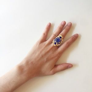 Vintage Gold Tone Jeweled Ring.